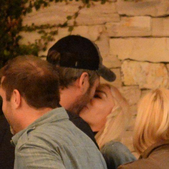 Gwen Stefani and Blake Shelton Kissing December 2015