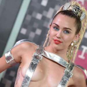 Miley Cyrus's Style 2015 | Video