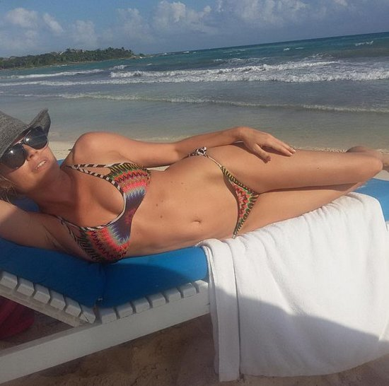 Rebecca Romijn and Jerry O'Connell Vacation Photos Jan. 2016