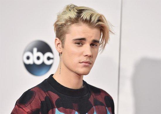 Justin Bieber Is Back to Behaving Badly