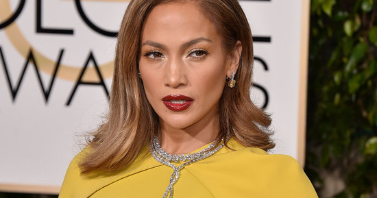 Jennifer Lopez Stuns In An Unexpected Look At The Golden Globes