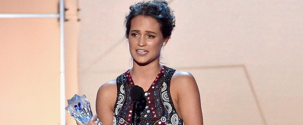 Alicia Vikander's Critics' Choice Awards Dress Is the Fashion Version of a Mic Drop