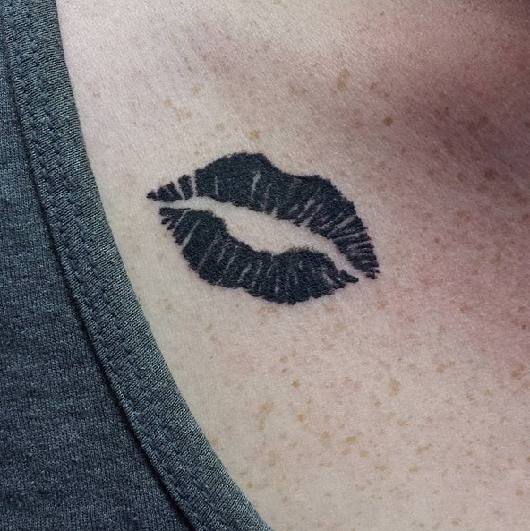 lipstick print tattoo ideas popsugar beauty australia