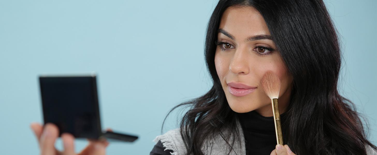 7 Tricks Every Armenian Needs in Her Beauty Arsenal