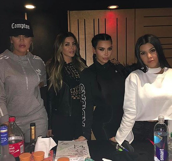 Khloe Kardashian Instagram Photo With Kim and Kourtney 2016