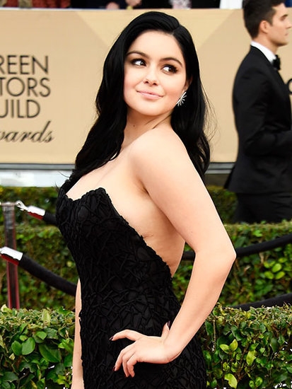 Ariel Winter Shares Body-Positive Post After Showing Breast Reduction Scars at SAG Awards: 'Embrace All That You Are'