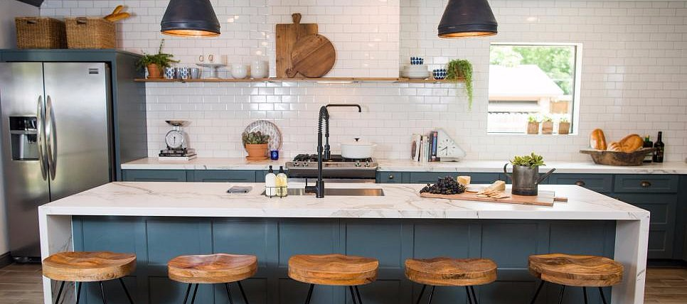 Old Meets New in This Amazing Fixer Upper Remodel
