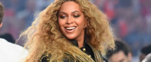 Beyoncé Lit Up the Super Bowl Stage With Her Perfectly Strobed Skin