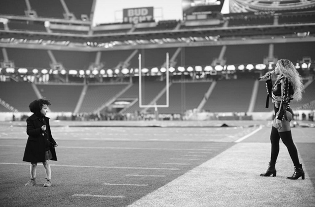 Beyoncé Taking the Football Field With Blue Ivy Will Melt Your Heart