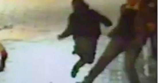 WATCH: Sidewalk Hero Trips Suspect So Cops Can Nab Him