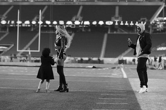 These Photos Of Beyoncé And Blue Ivy At The Super Bowl Will Melt Your Freaking Heart