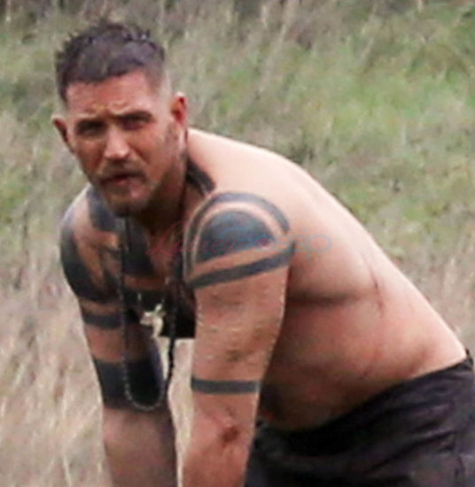 Tom Hardy naked on the set of Taboo