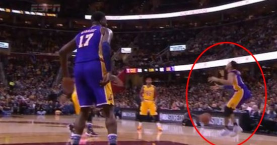 LeBron Commemorates Kobe's Career By Rifling Pass At D'Angelo Russell's Groin
