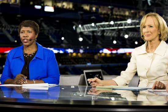 The Female Democratic Debate Moderators Made History Last Night
