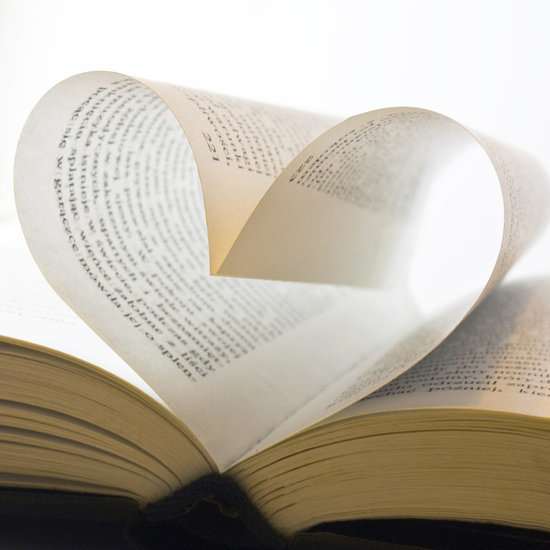 10 Last-Minute Gifts to Buy Your Book Lovin' Loved Ones for Valentine's Day