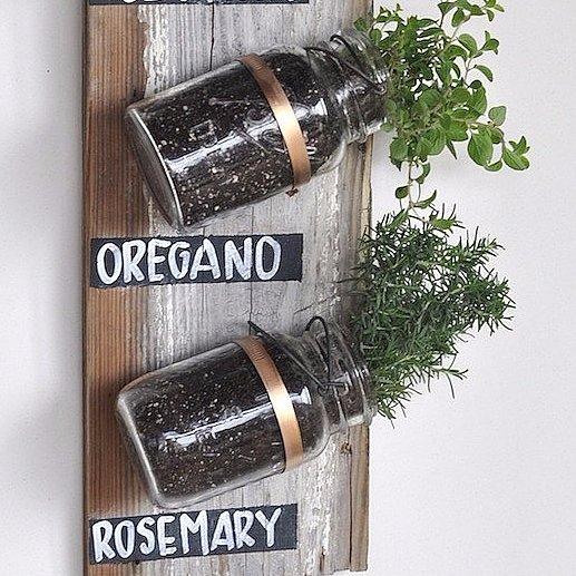 Small-Space Gardening DIYs