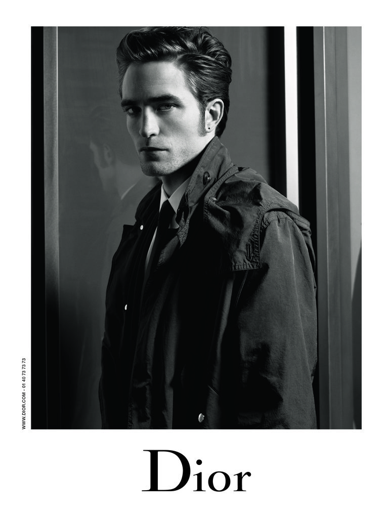 robert pattinson in dior ads popsugar fashion. Black Bedroom Furniture Sets. Home Design Ideas