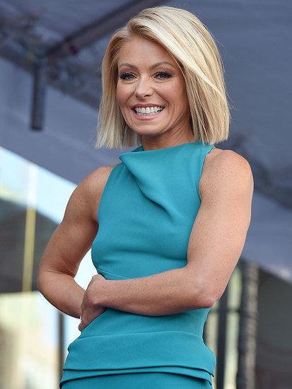 How Does Kelly Ripa Get Her Arms Ready for Her Sleeveless Oscars Dress? Trainer Anna Kaiser Shares