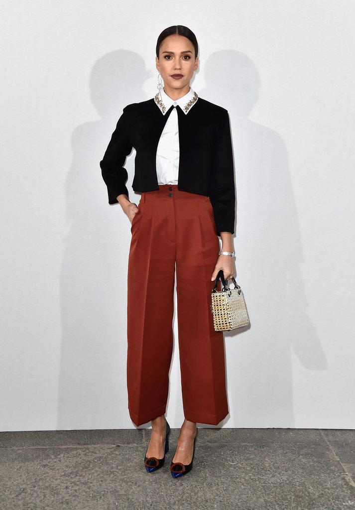 Jessica Alba At Dior Fashion Show Fall 2016 Popsugar Latina