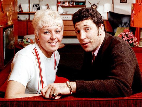 Sir Tom Jones' Wife of 59 Years, Melinda Rose Woodward, Dies After Cancer Battle