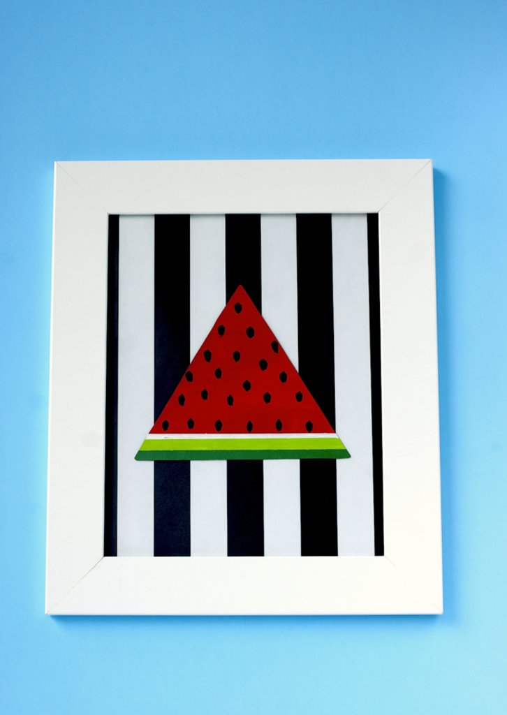 Finally, I fit the black and white stripe background to the frame and added the watermelon slice.
