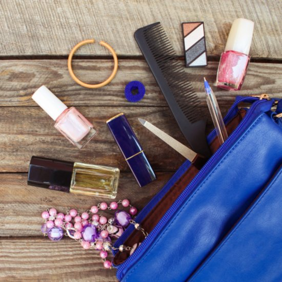 Pregnant Women Keep These Things in Their Purses