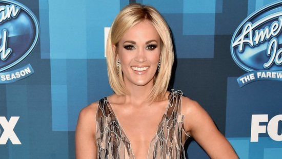 Carrie Underwood Keeps Her Stunning Body In Shape By Following These 4 Diet Rules