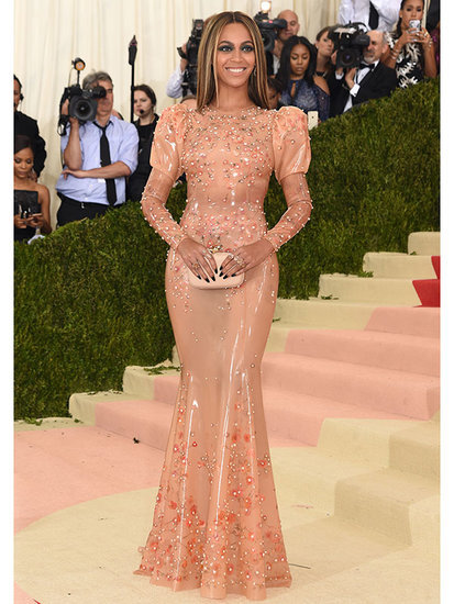 Beyoncé Wears Sexy Latex - No, Slaytex - Gown as She Hits Met Gala Carpet Sans Jay Z