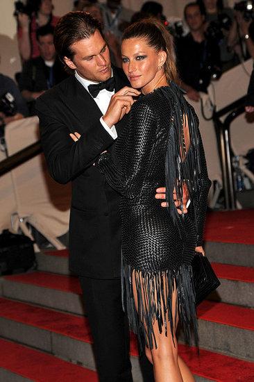 Gigi Hadid and Zayn Malik affectionate at the 2016 MET Gala