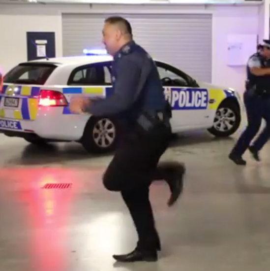 New Zealand Australian Police Do the Running Man Challege