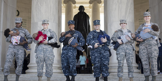 7 Powerful Photos Of Military Moms Breastfeeding In Uniform