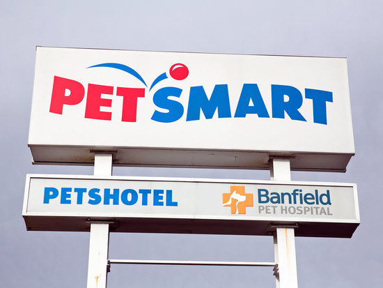 Dead, Sick and Filthy Animals Discovered at PetSmart and Petco Supplier