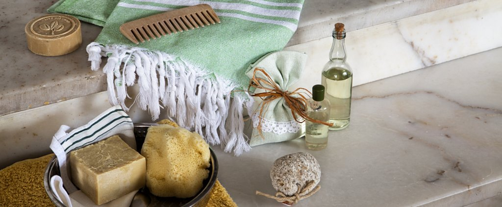 Relax This Holiday Weekend With These DIY Detox Bath Recipes