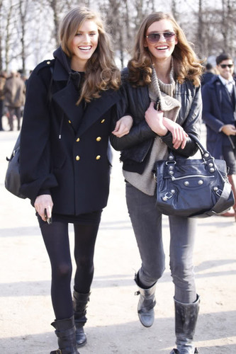 LOVE THIS!  Street Style