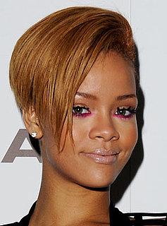 Photo of Rihanna Wearing Fuchsia Eyeliner 2009-11-17 12:01:03