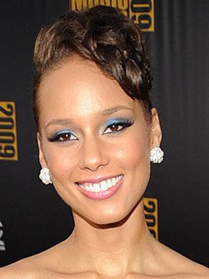 Alicia Keys's Makeup at the AMAs