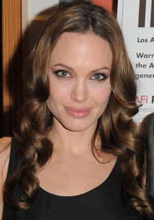How to Get Angelina Jolie's Hair 2009-12-04 11:01:26