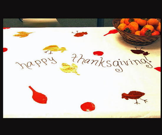 Decorate a Thanksgiving Tablecloth
