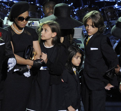 Family in Mourning