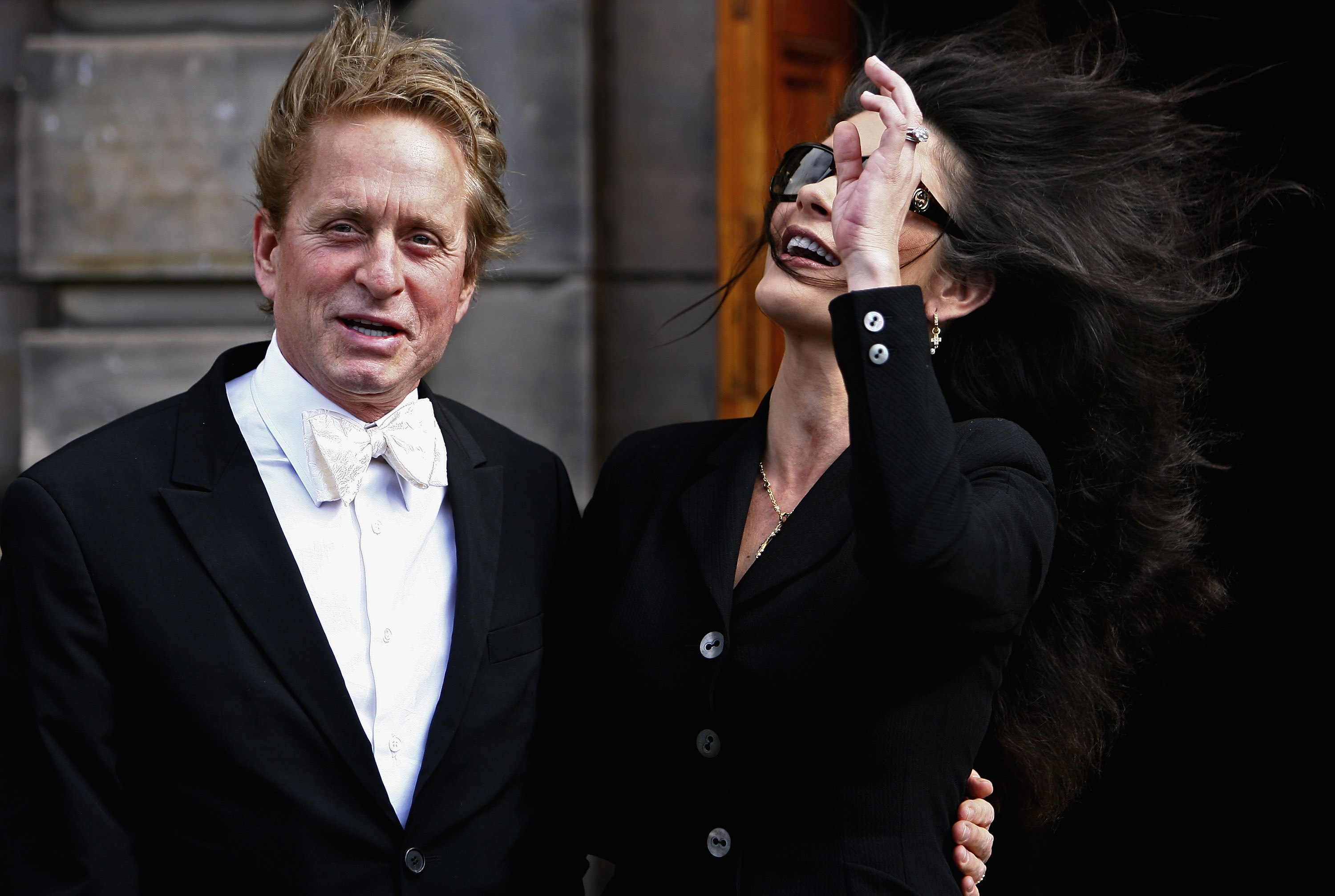 03943_Catherine_Zeta_Jones_Michael_Douglas_Honorary_Degree_Presentation_03