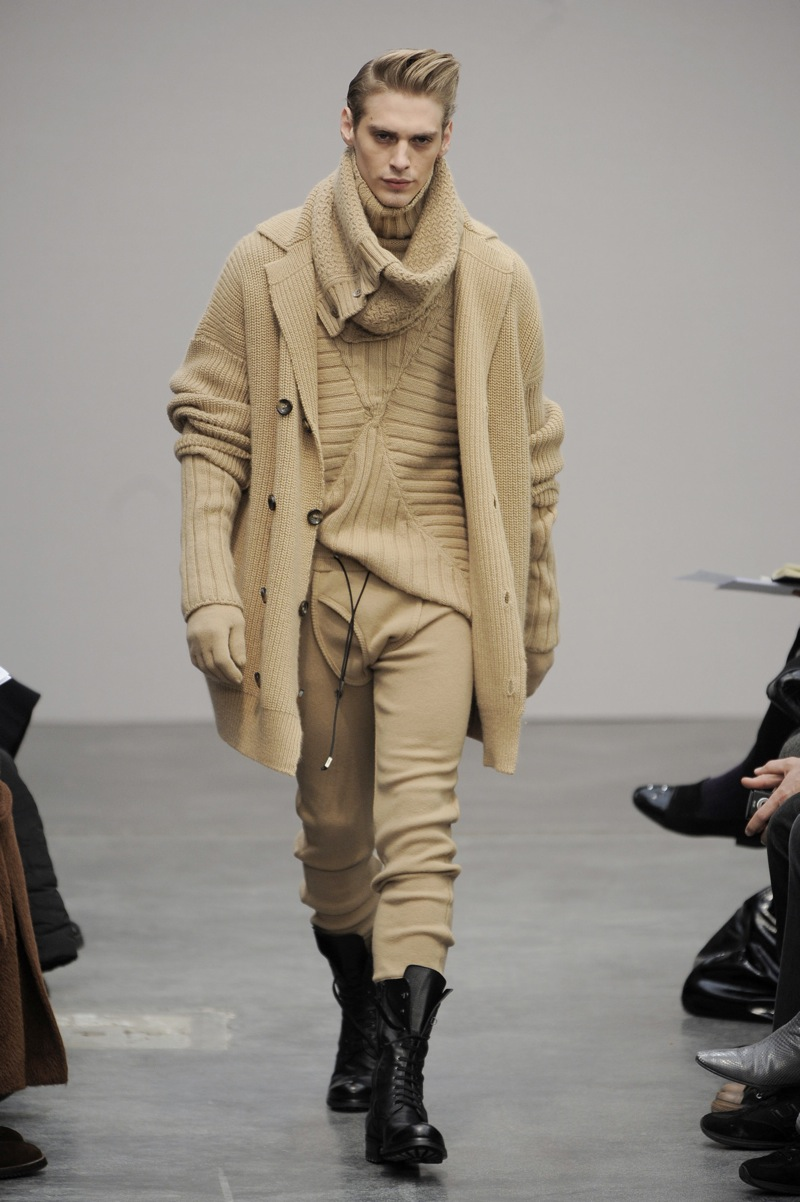 Milan: Gaetano Navarra Men's Fall 2009