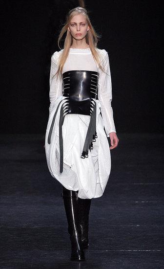 Paris Fashion Week: Ann Demeulemeester Fall 2009