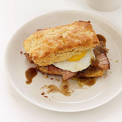 Ham Biscuits With Redeye Cream Gravy