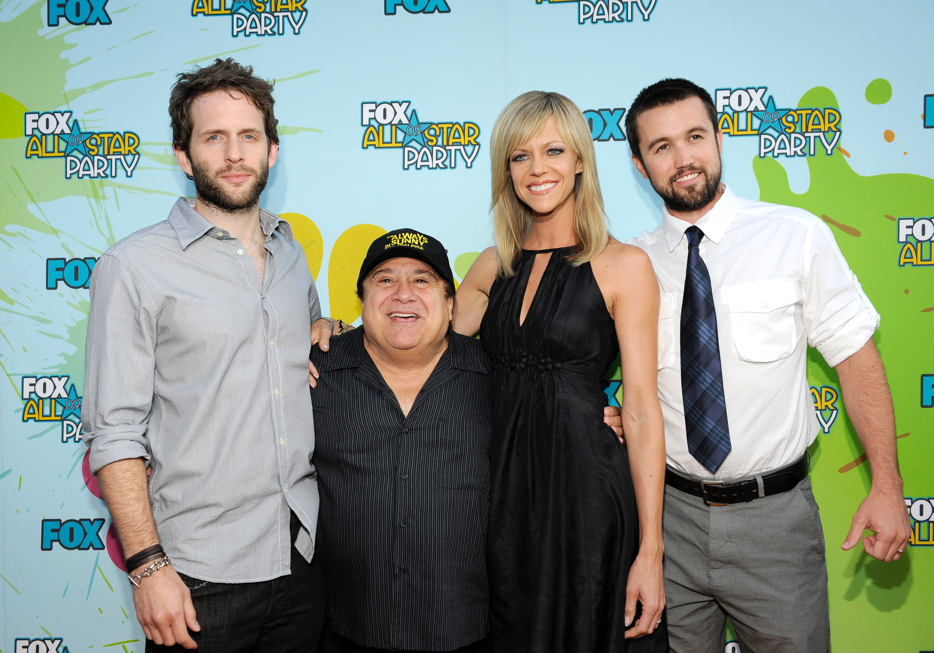Josh Brings Diane to Party With Glee Kids For Fox in ...