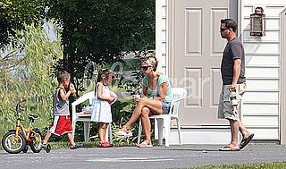 Photos of Jon and Kate Gosselin Hanging Out at Home With Kids