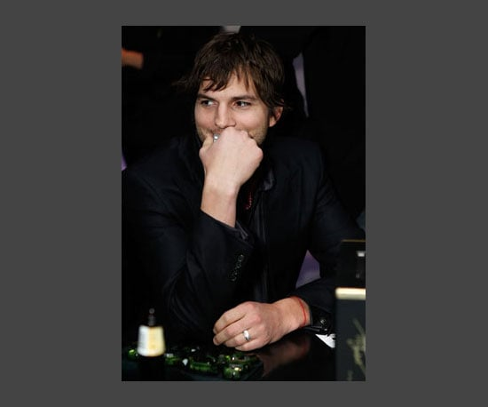 8. Ashton Kutcher Explains Twitter to Kelly Ripa
