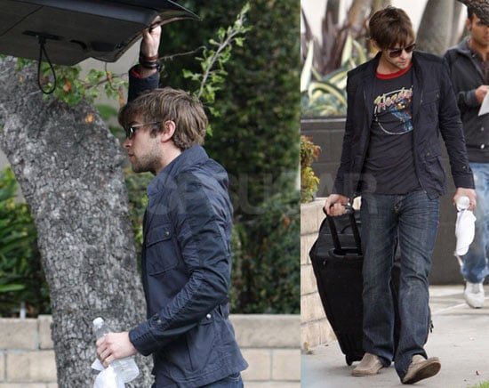 Photos of Gossip Girl's Chace Crawford Putting His Bags in a Car on the Way to LAX
