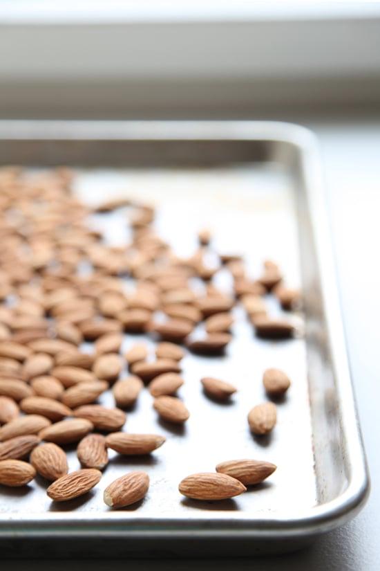 Morning Snack: Raw Almonds