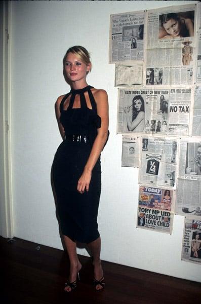 1998: Kate Moss photo exhibit