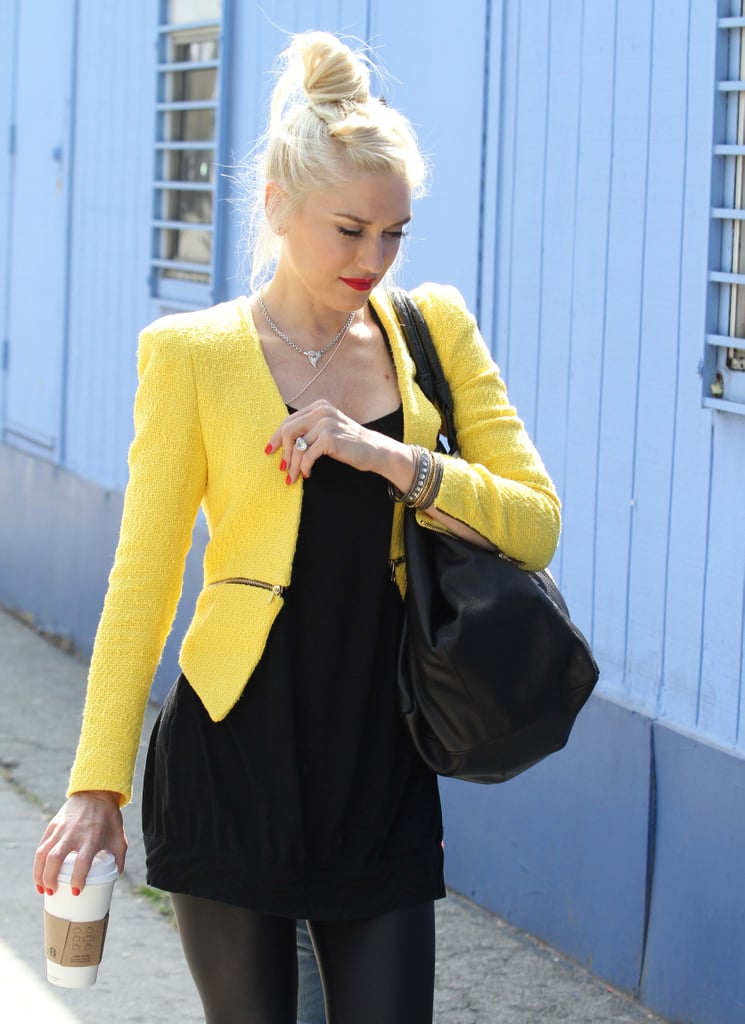 Gwen Stefani went to an ice-skating rink in LA with her sons wearing a yellow blazer from Zara.